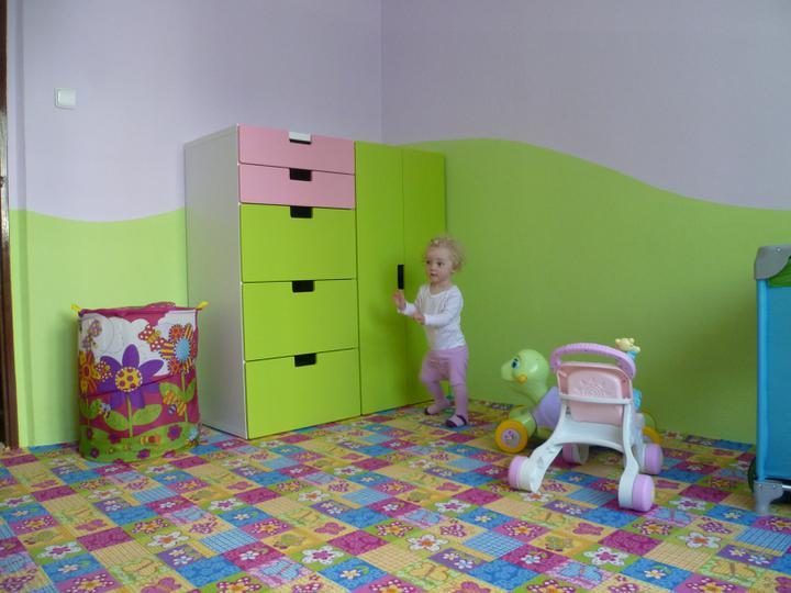 Dětský pokojík pro naší Karolínku :o) - ...zatím takto...