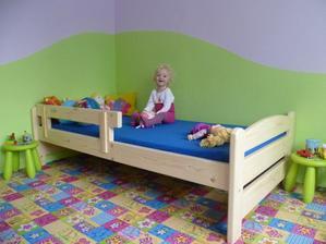 nová postel je už na místě :)