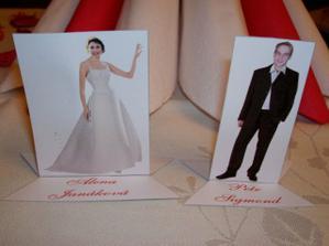 Cedulky na zasedací pořádek na svatební tabuli