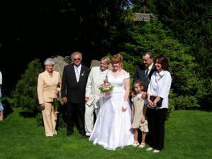 Rodina nevěsty ...