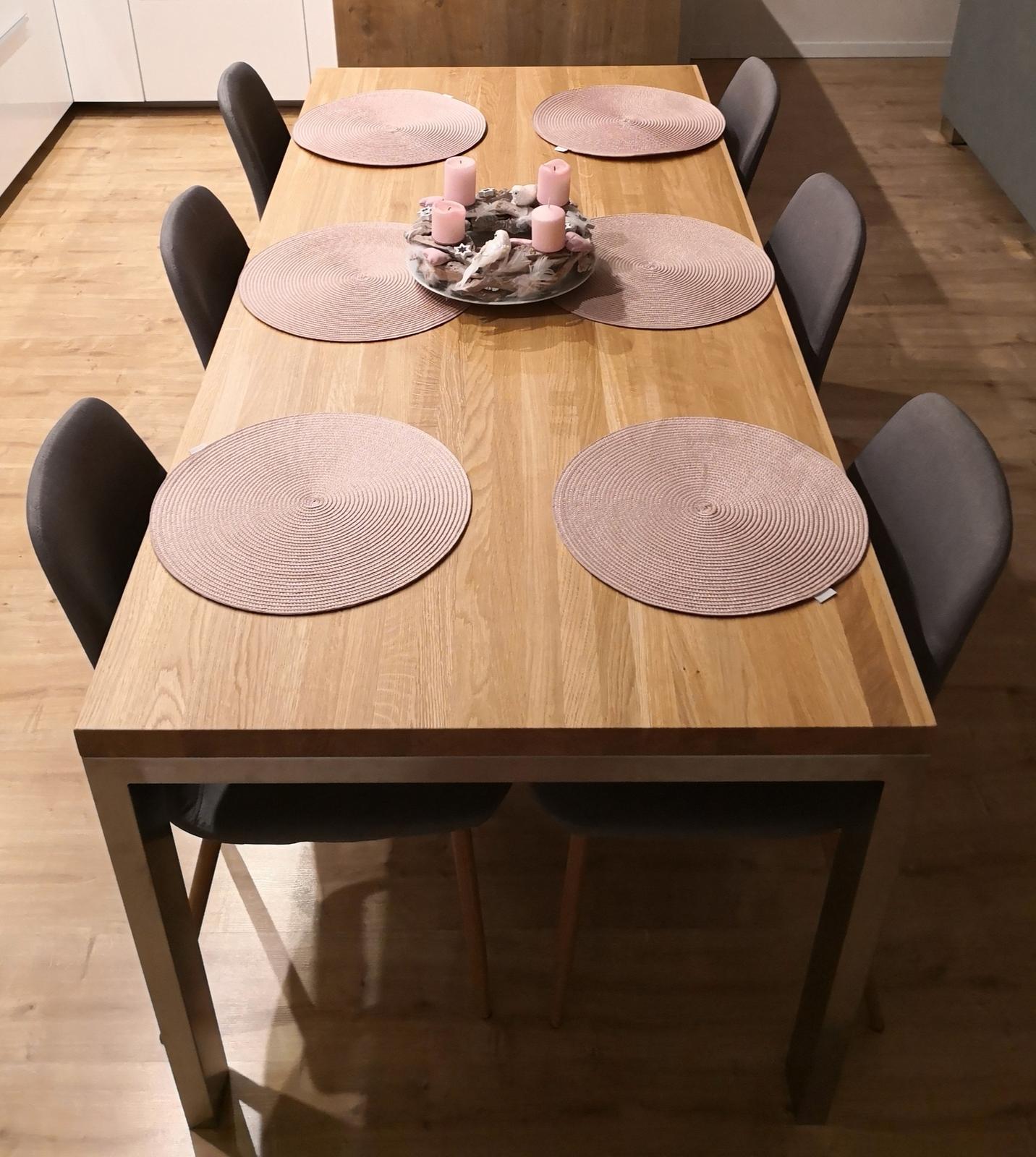InTeRiEr -  ExTeRiEr - Novy stol - Dubovy masiv pre 6 osob 84x188cm. Podnoze-kartacovana nerez.