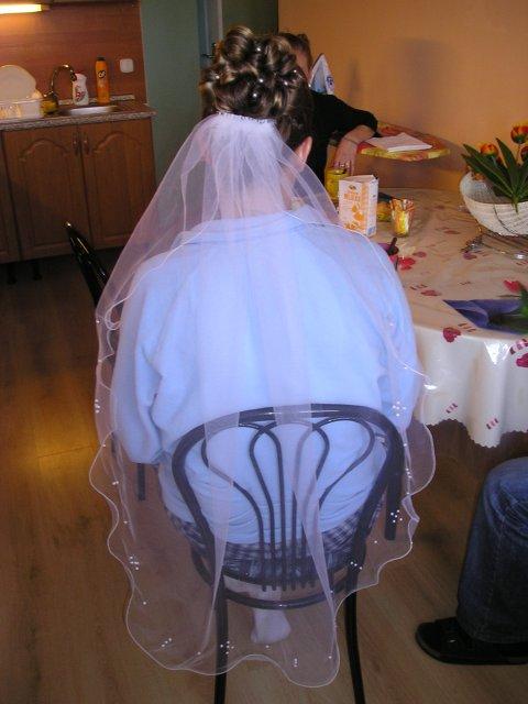 BEAUTIFUL WEDDING - Pekné vlasy ale závoj sa mi nepáči
