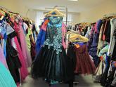 Sklad společenských šatů