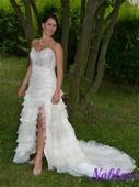 Rozpustilé svatební šaty pro sebevědomou nevěstu, 38