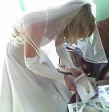 Tady si je podepisuju... už se na 14.8.08 těším-zkouška před svatbou
