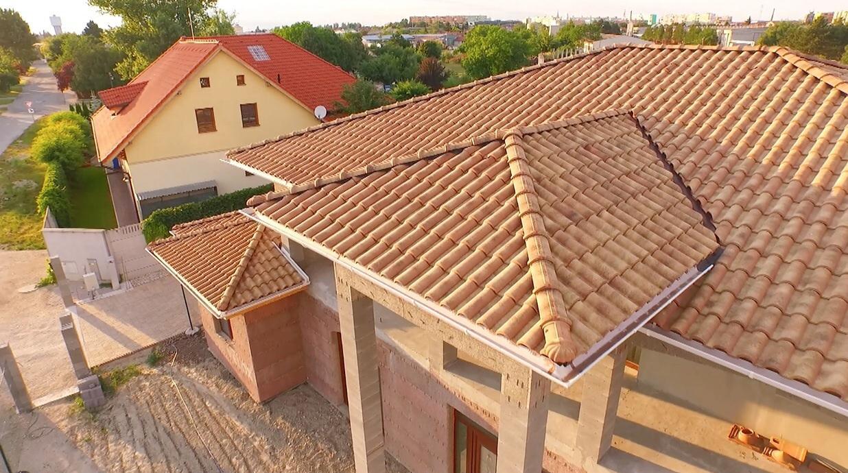 Talianske strechy - letecké zábery z našich referencií - Obrázok č. 12