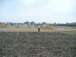 Takhle to vypadalo úplně na začátku: jenom pole