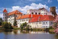 Pohled na zámek v Jindřichově Hradci - je tam krásně