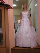 Stejná sukně, jiný korzet - neee