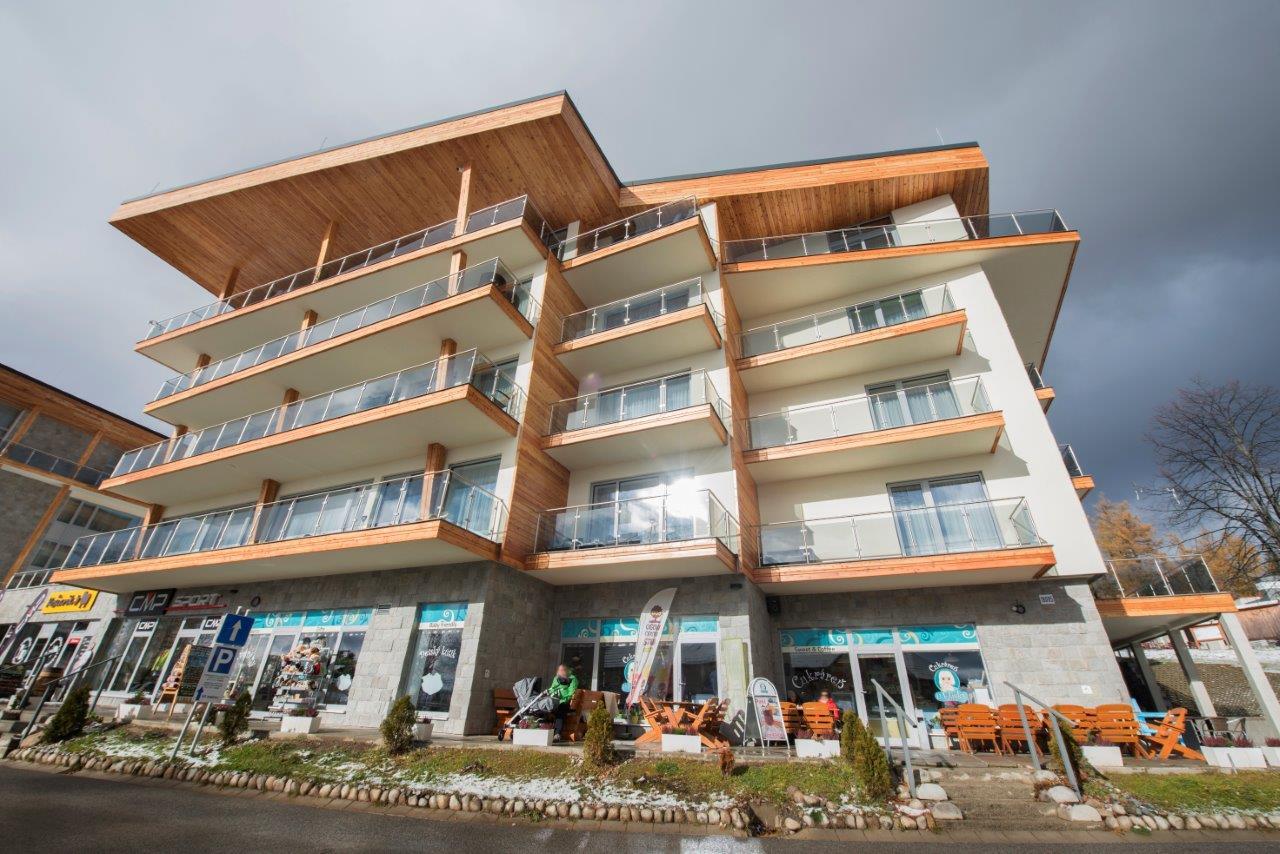 Komfort v architektúre v tatranskom štýle - Hotel je vybudovaný v energetickej triede A.