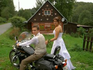 u nás doma (u nevěsty:-)) )s naší fešandou - Black Widow