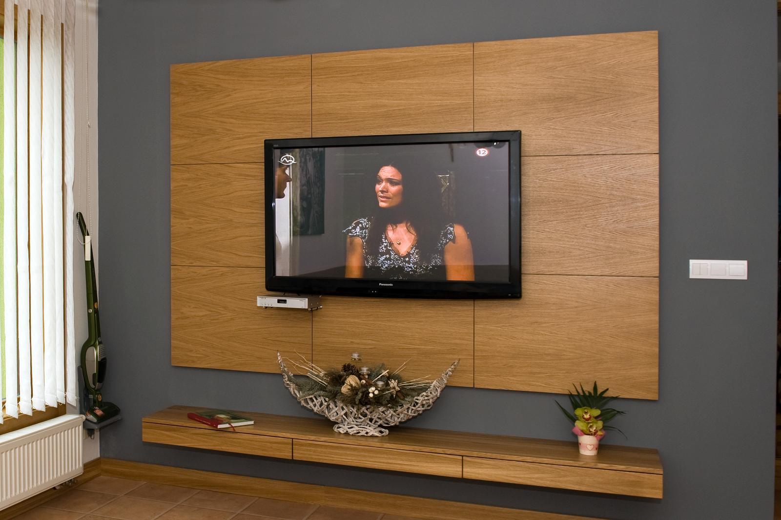 Interiér - obloženie TV steny
