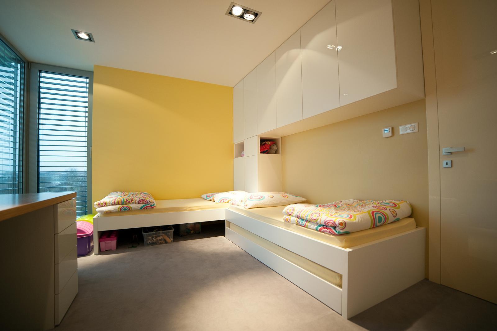 Interiér rodinného domu - detská izba a spálňa - Obrázok č. 1