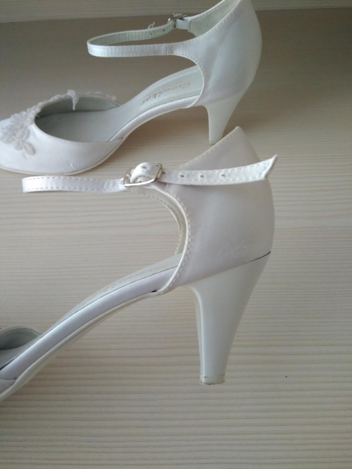 Pohodlné sandále - Obrázok č. 2