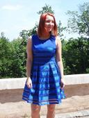 Modré šaty poloprůsvitné, 38