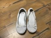 Bílé balerínky, 36