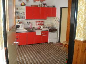 kuchyna,asi je naozaj mala na tie moje navrhy