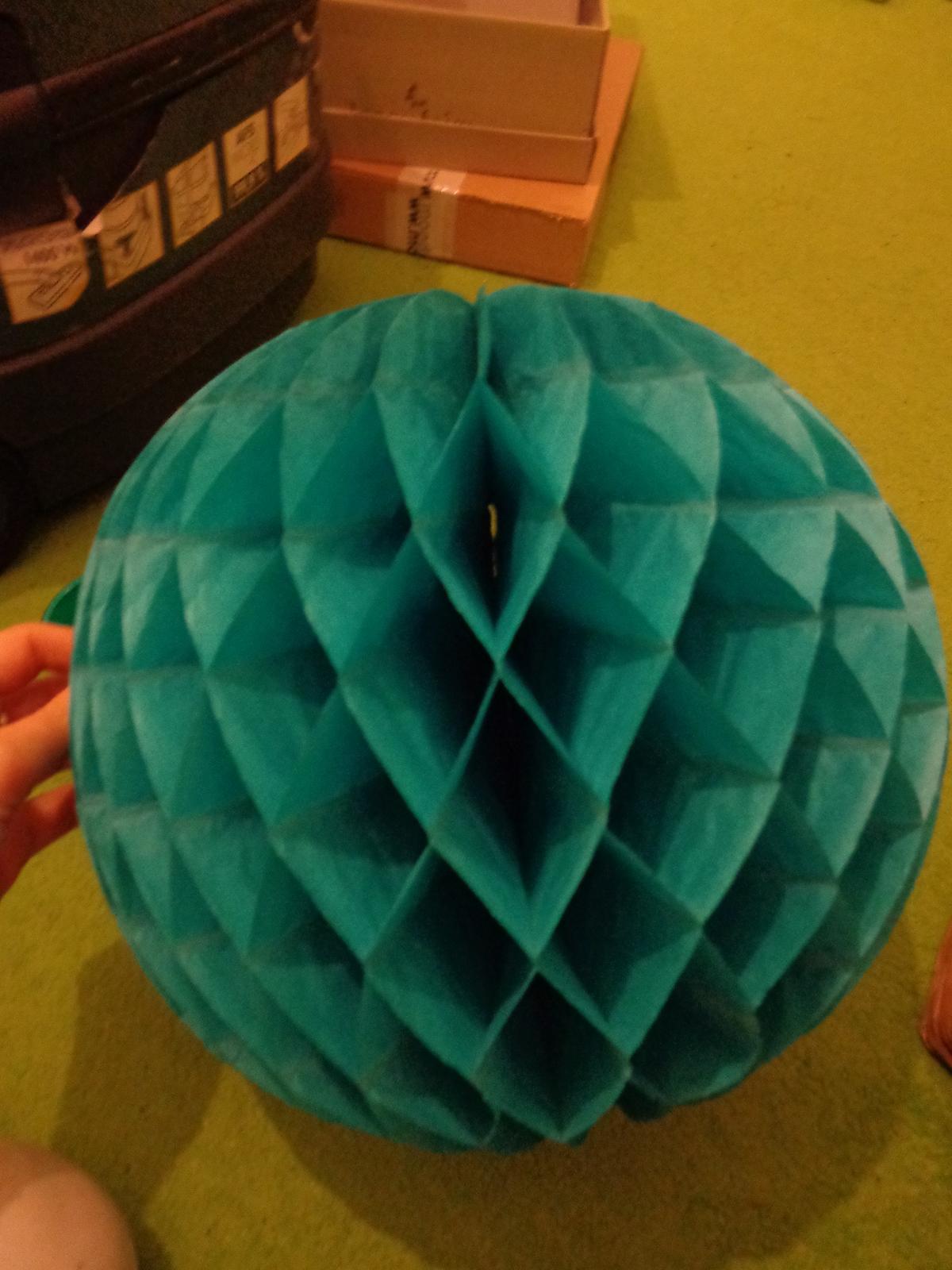 Honeycomb koule - Obrázek č. 1