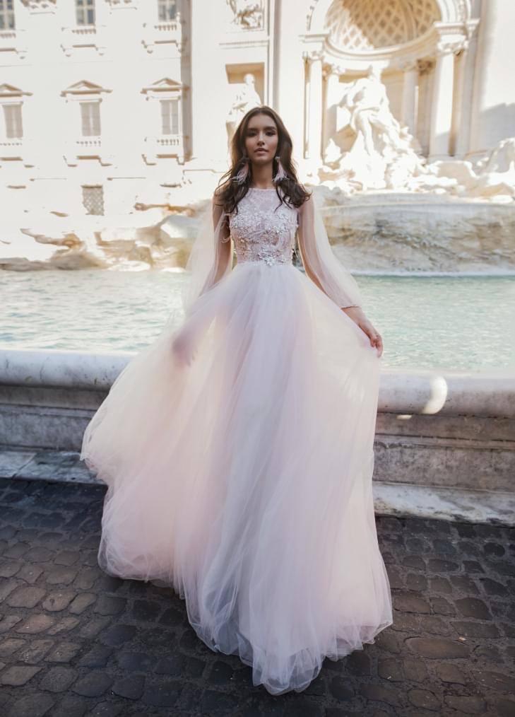 ♥ 24.10.2020 ♥ - Toto je štýl svadobných šiat, ktoré budem mať. No nebudú úplne takéto.