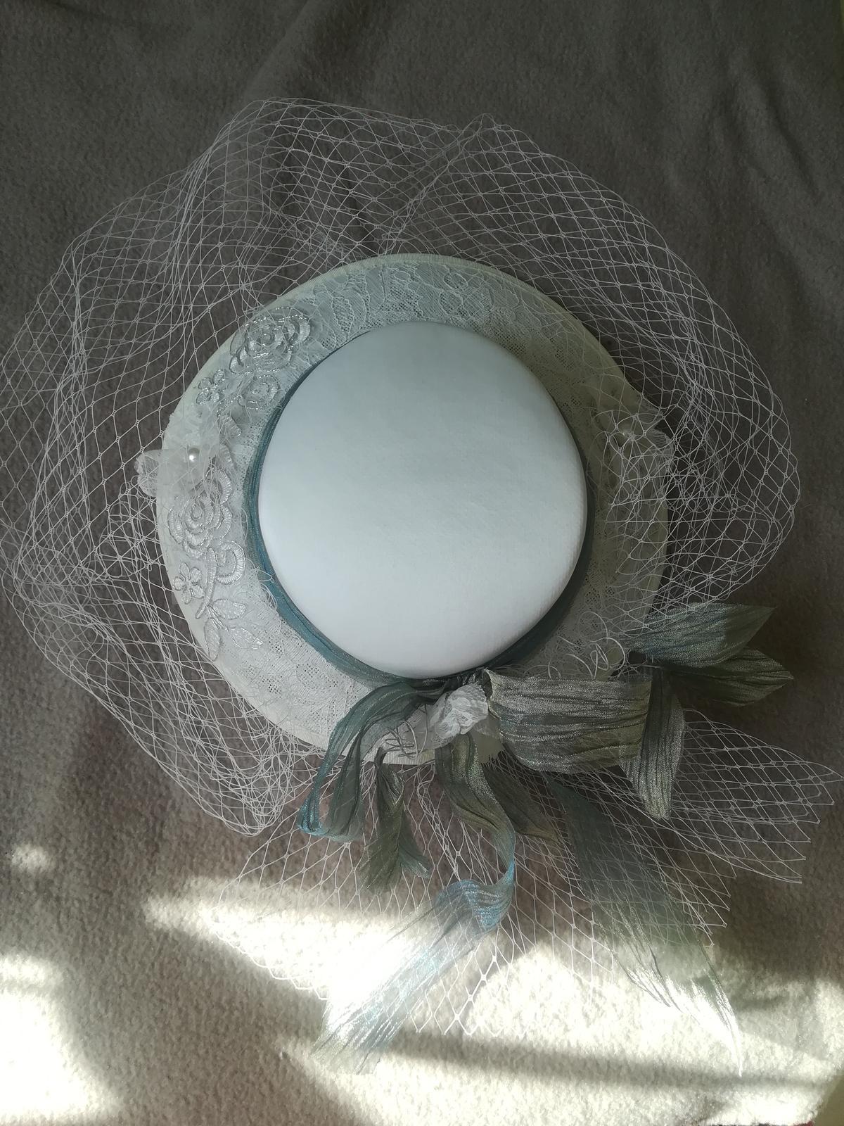 Svadobny klobuk - Obrázok č. 1