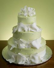 dort bude tento,jen bude bílý a mašle vínové a nahoře by měly být růže
