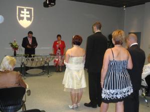 svadobná sien na úrade celkom slušná :)