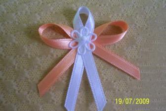oranžovobílé kombinace satén