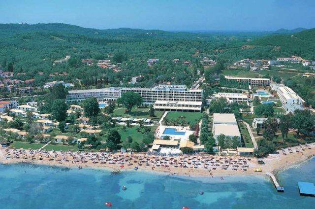 Katka a Radko-15.05.2010.(časť 2) - a toto je náš hotel,kam pôjdeme na svadobnú cestu.grecko-korfu:)))