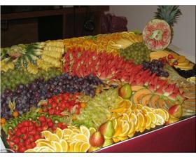Určitě budou ovocné mísy, v létě přijdou vhod