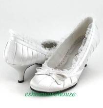 holky, prosim nevite, kde sehnat tyhle botky s tim nizsim podpatkem? na ebay maji jen male velikosti :(