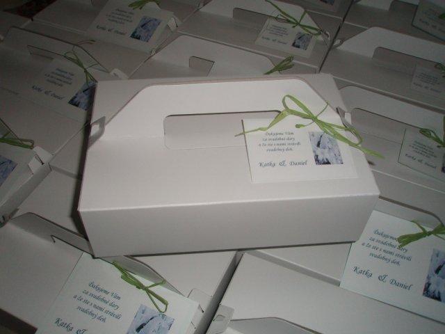 Renko a Lucka 21.8.2010 - krabičky na výslužky