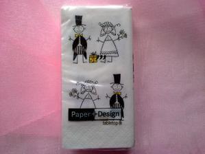 ...kapesníčky na slzičky štěstí :-)...pro nevěstu tedy alespoň dvoje ;-)