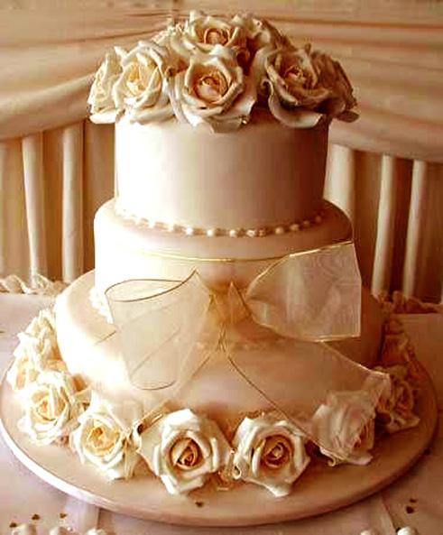 J + M - krasna torta