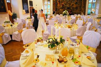 krasne vyzdobena sala, agentura Ceremony v Sali :-)