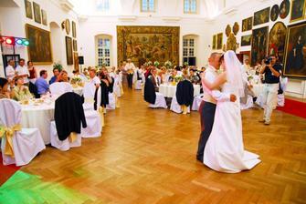 nas prvy tanec, romanticke :-)