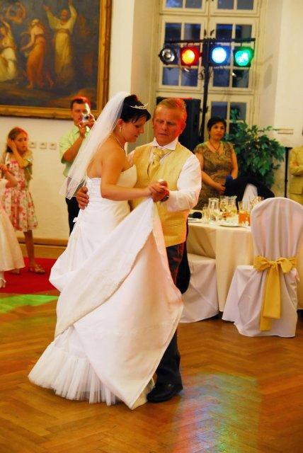 Emilia Timulakova{{_AND_}}Andy Simia - moj tanec s otcom