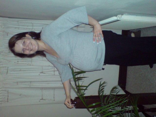 Emilia Timulakova{{_AND_}}Andy Simia - v 8.mesiaci tehotenstva :-)