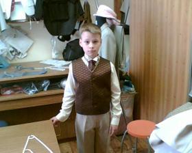zkouška obleku pro mého malého miláčka