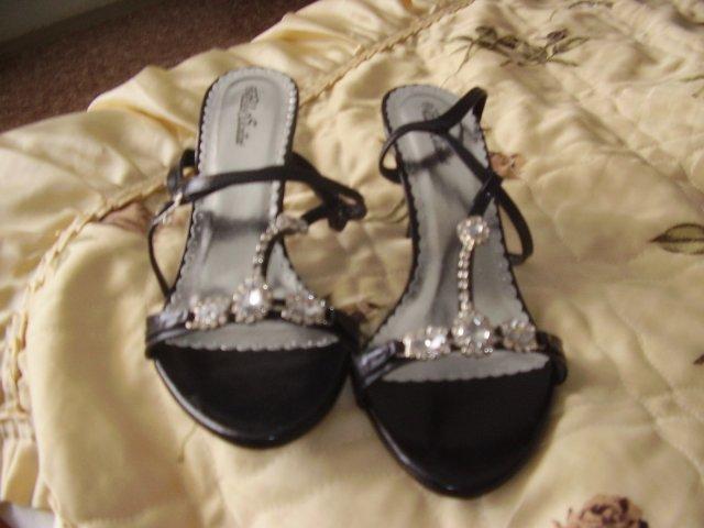 Sisulienocka - popolnočné topánočky