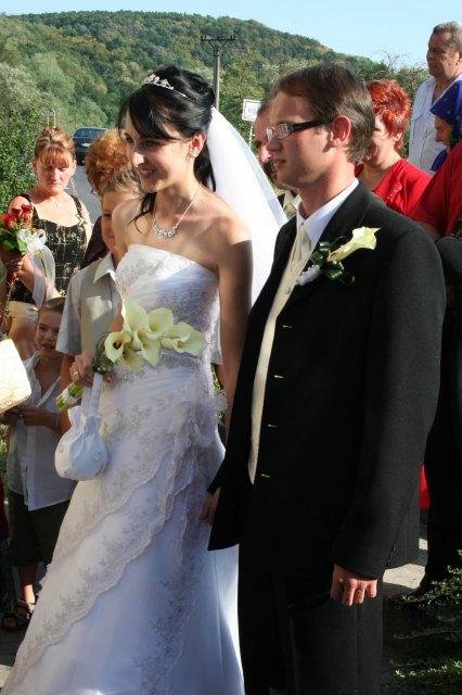 Silvia Krajčiová{{_AND_}}Daniel Kupča - príchod na hostinu