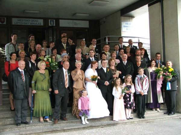 Linda Ballová{{_AND_}}Martin Fekete - vsetci ludkovia na svadbe :-)