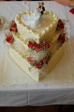 úžasný a výborný svatební dort