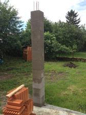 01.06.13 .. dokončili sme stĺpy na terase.