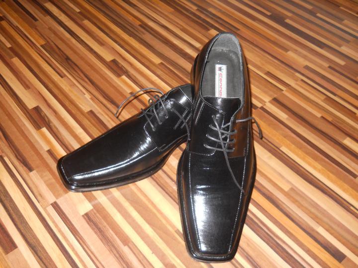 Čo už máme!? - konečne sme našli aj topánočky...  nájsť  47 není také jednoduché