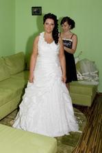 moje nádherné šaty... boli dokonalé... veľmi odporúčam salón v Snine, pekný výber za super ceny
