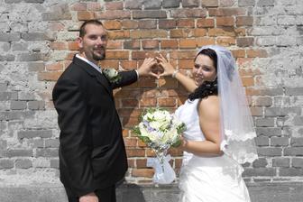 naša láska žiary.. :) veľmi sa mi páči tato fotka... dokonca sme si túto fotku vybrali ako obraz na plátne...