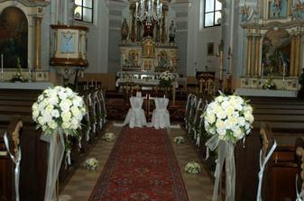 výzdoba kostola.. inak Jasenický kostol je krásny