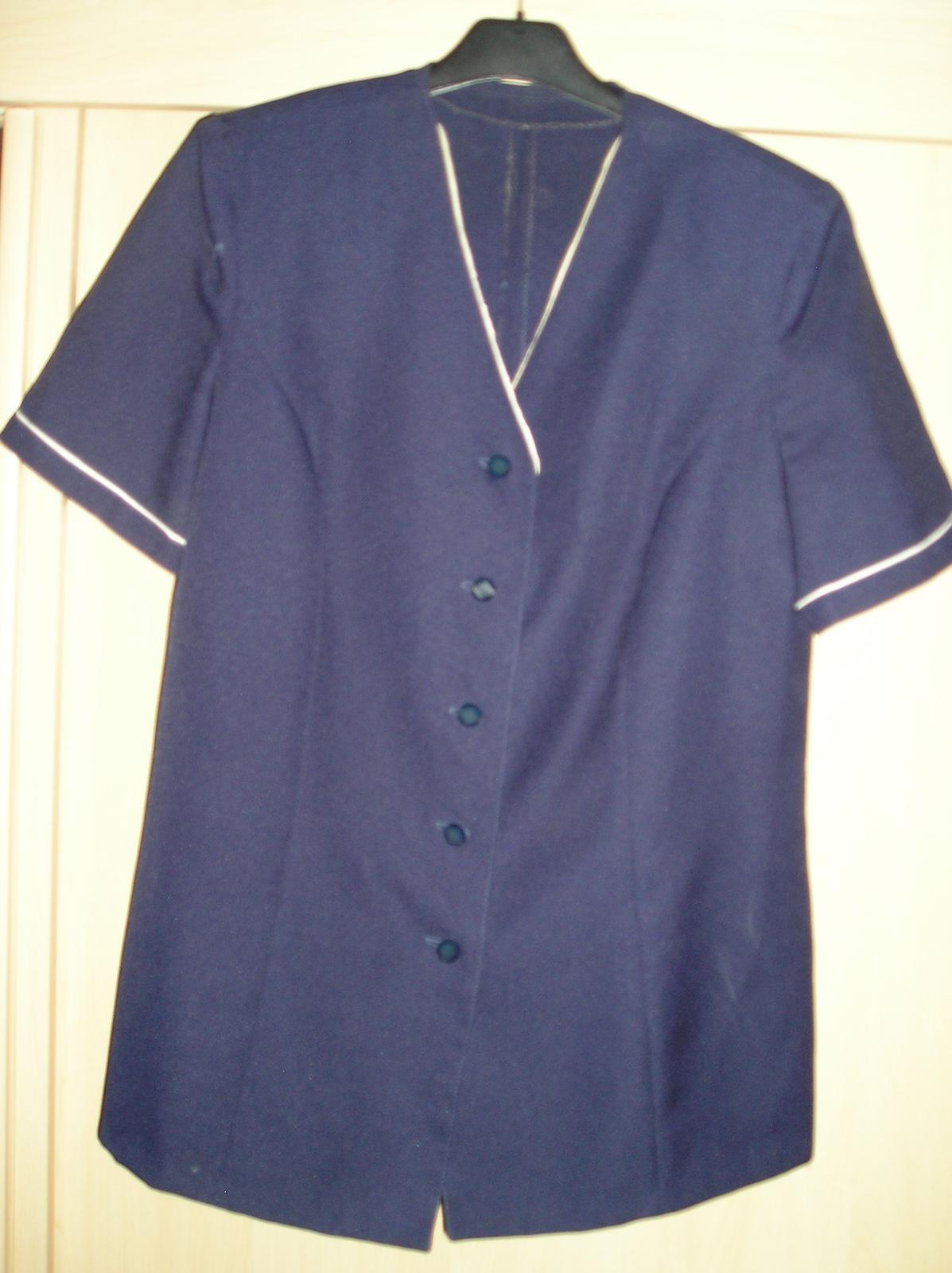 Elegantná tmavo-modrá blúzka s poštou - Obrázok č. 1