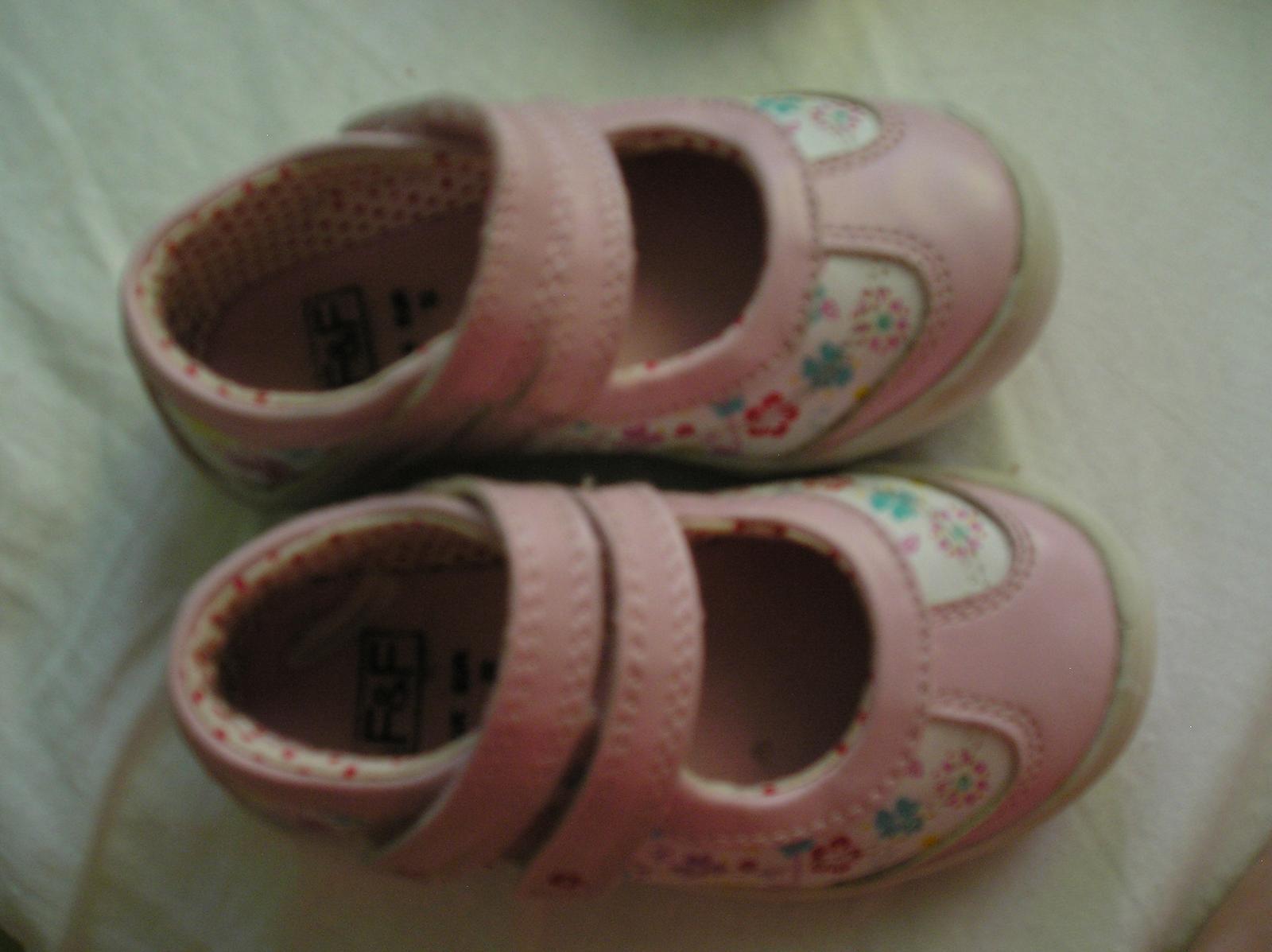 Kvetinkové topánky na dva suché zipsy - Obrázok č. 1