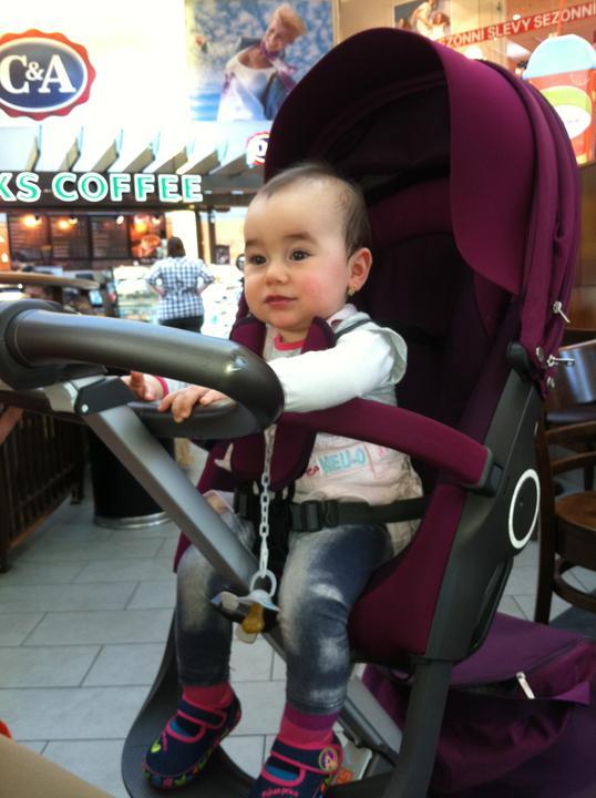 N{{_AND_}}V - prvý rok života našej dcérky sa blíži :-)